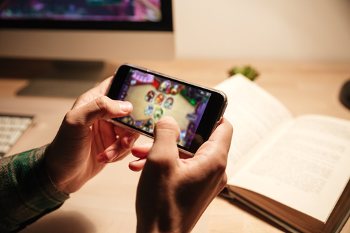 jugando a videojuegos con wifi