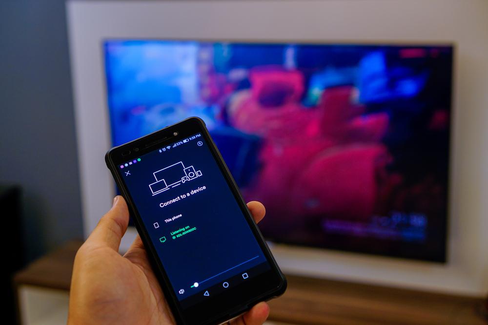 Cómo conectar el móvil a la tele. Métodos para ver el móvil en la TV